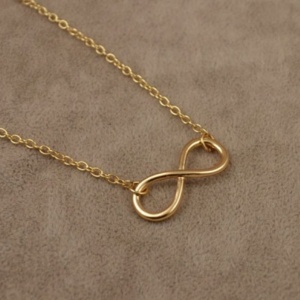 Infinity Necklace 1 - Trinket Square