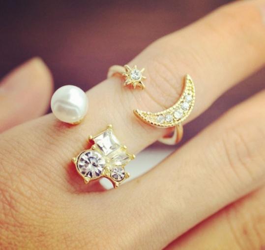 Moon & Star Ring Set - Trinket Square