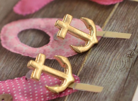 anchor-earrings-gold-trinket-square-3