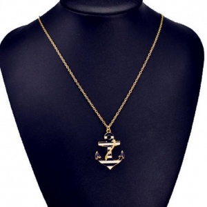 Anchor Necklace - Trinket Square (4)